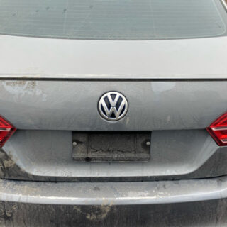 Крышка багажника (ляда) Volkswagen Jetta VI (Америка) белая