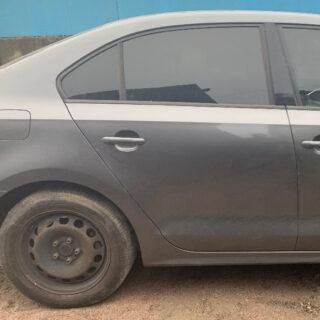 Дверь задняя правая Volkswagen Jetta 6 графит USA (Америка)