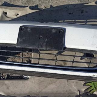 Передний бампер Volkswagen Jetta VI