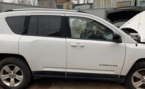 Двери Jeep Compass 2011-2016 задняя правая белая