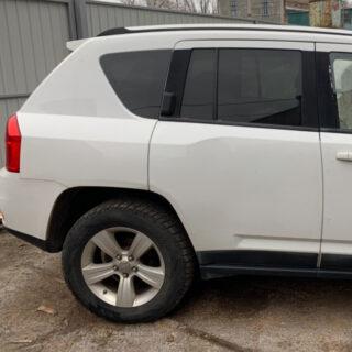 Двери Jeep Compass 2011-2016 задняя правая белая USA (Америка)