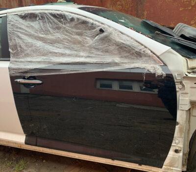 Дверь Kia Optima передняя правая черная (Америка)