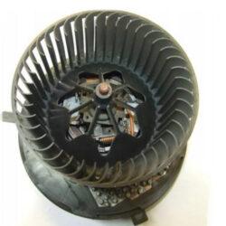 Резистор печки Пассат B7 3C0907521F