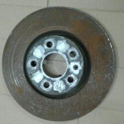 Диск тормозной передний правый B7 561615301B