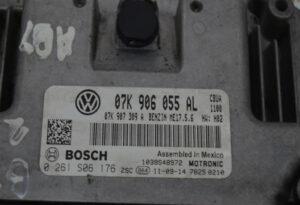 Блок управления мотором Пассат B7 USA 07K906055AL