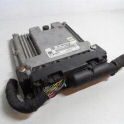 Блок управления двигателем Пассат B7 USA 06K906071J