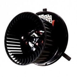 Вентилятор печки VW Passat B7 USA 10-14 561820015A