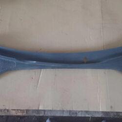 Водосток лобового стекла пассат B7 561819415A