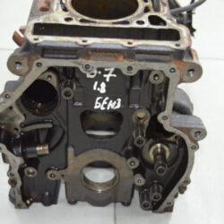 Блок цилиндров Пассат B7 06K103023F