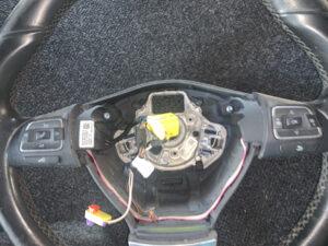 Кожаный руль мульти с кнопками Passat B7 2010-15