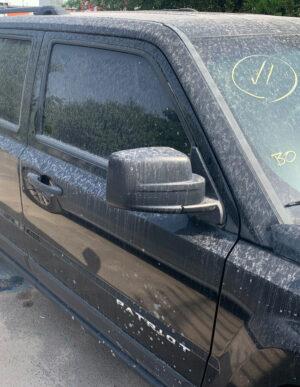 Передняя правая дверь Jeep Patriot 2010-16 чёрная PX8