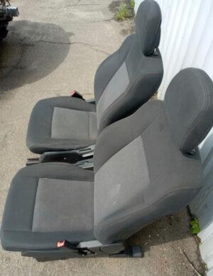 Сиденья передние тряпочные серые Jeep Patriot 2010-17