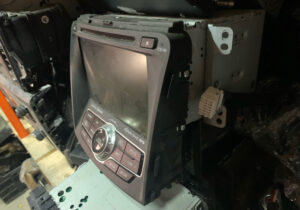 Магнитола мультимедиа Hyundai Sonata YF hybrid 2010-15  96560-4R7064X