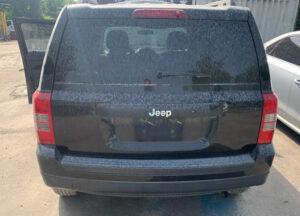 Крышка багажника Jeep Patriot 2010-16 чёрная
