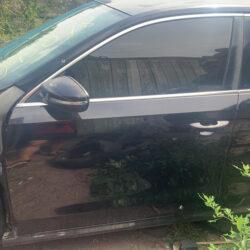 Двери передняя левая водительская Volkswagen Passat B7 чёрная