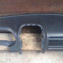 Торпедо-панель с подушкой Jeep Patriot USA 10-16 черная 1HM451DVAE