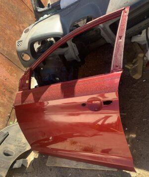 Дверь водительская перед левая Sonata LF 2015-17 красная