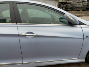 Передняя правая дверь Hyundai Sonata YF гибрид 2010-15 голубая арт HSYF186284747